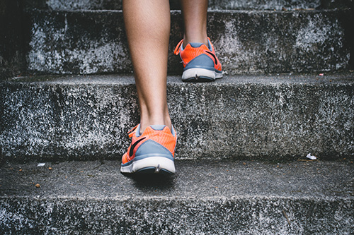 make-your-fitness-resolution-stepping